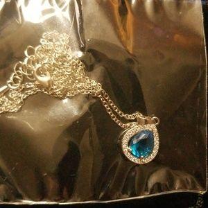 Nikola Valenti Necklace with pendant
